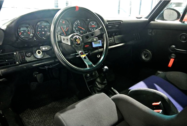 INTERIOR PORSCHE 930 TURBO