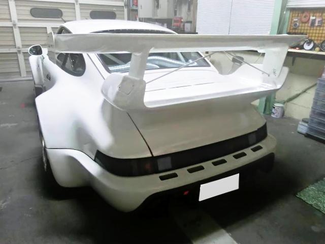 BACK EXTERIOR TYPE-930 PORSCHE 911 WHITE