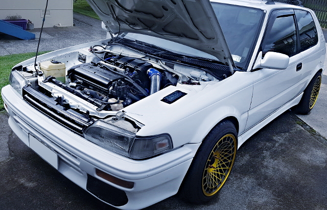 AE92 COROLLA FX-GT ENGINE ROOM