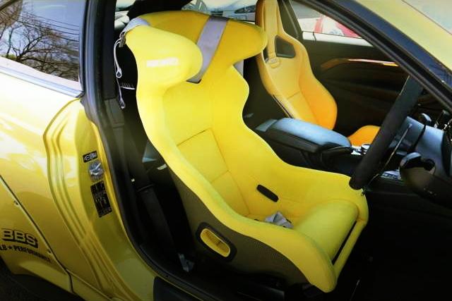 RACING BUCKET SEATS