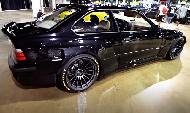 REAR SIDE EXTERIOR E36 BMW M3