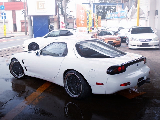REAR EXTERIOR FD3S RX-7 WIDEBODY