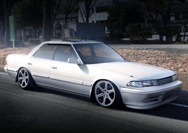 FRONT EXTERIOR JZX81 MARK2 WHITE AND SILVER