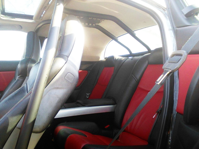 INTERIOR CUSTOM ROLLBAR