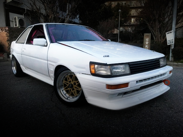 FRONT EXTERIOR AE86 LEVIN 2-DOOR WHITE