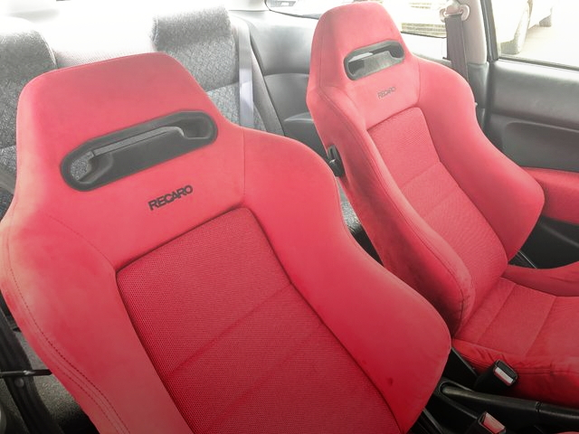 RECARO RED SEATS