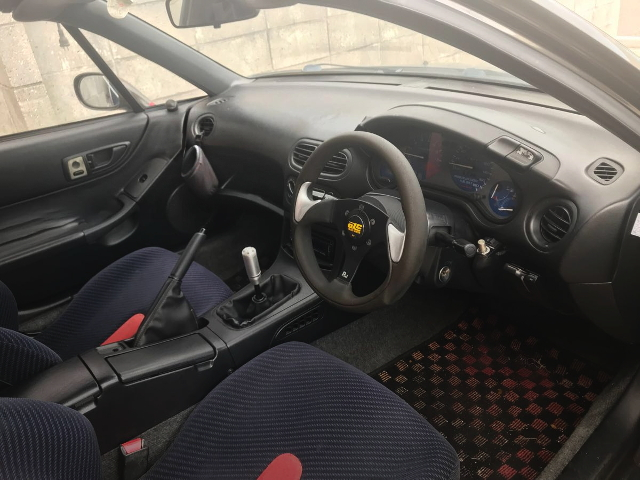 INTERIOR RIGHT HAND DRIVE OF CRX DELSOL