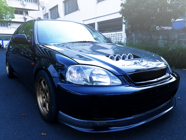 FRONT EXTERIOR EK CIVIC HATCH BLACK