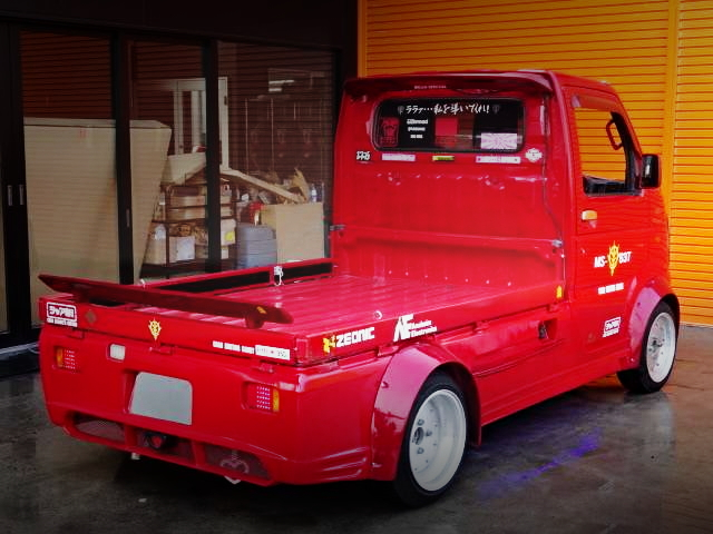 REAR EXTERIOR DA63T CARRY TRUCK RED