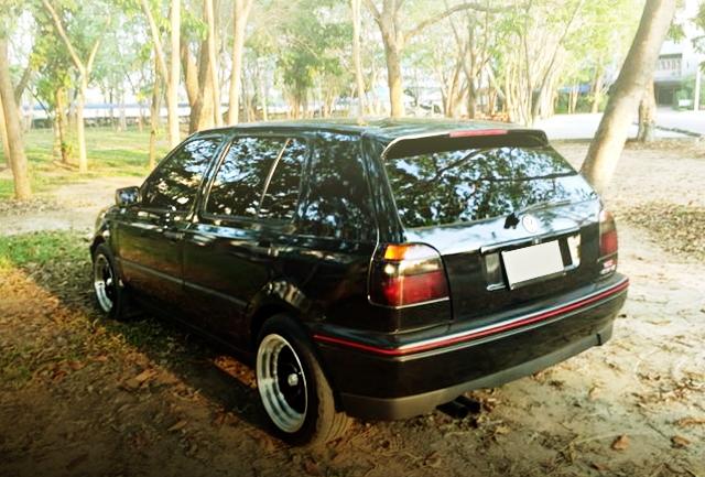 REAR EXTERIOR VW GOLF MK3 5-DOOR