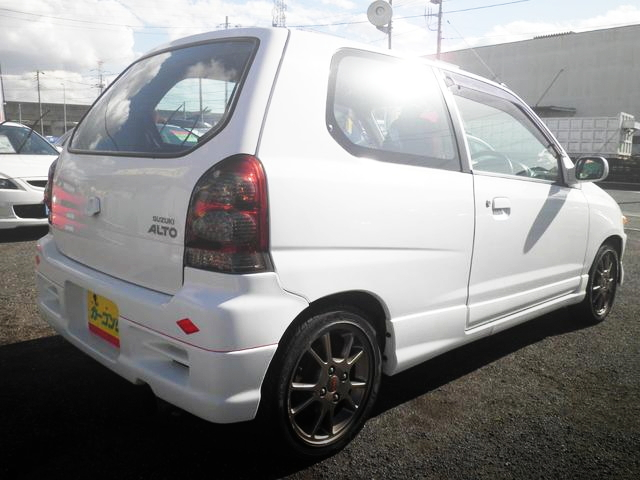 REAR EXTERIOR 5TH GEN ALTO 3-DOOR