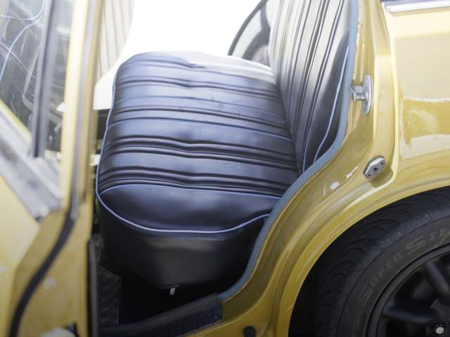 REAR SEAT V610 BLUEBIRD VAN