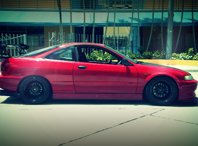 RIGHT SIDE EXTERIOR ACURA INTEGRA GS-R RED
