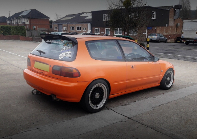REAR EXTERIOR EG CIVIC ORANGE