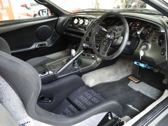 INTERIOR RIGHT HAND DRIVE