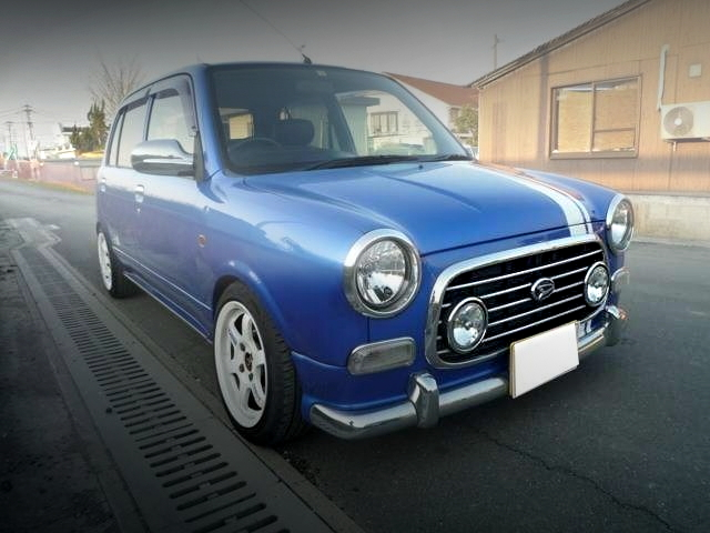 FRONT EXTERIOR L700 MIRAGINO 5-DOOR BLUE