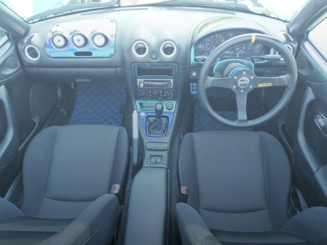 INTERIOR NB8C ROADSTER