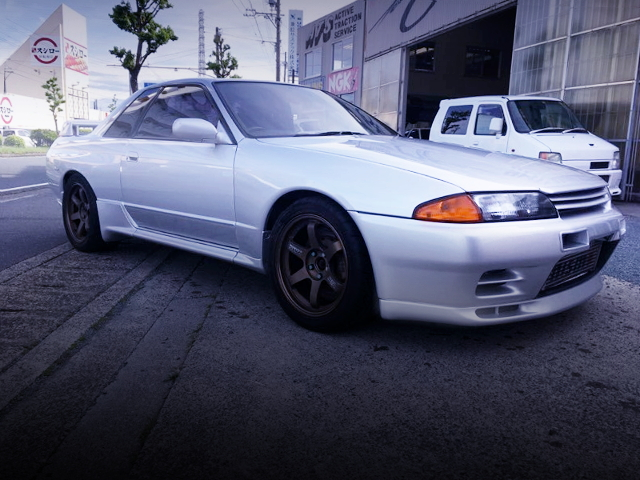 FRONT EXTERIOR R32 SKYLINE GT-R