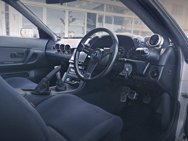 INTERIOR R32 GT-R