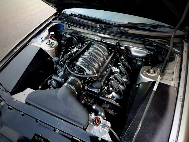 7000cc V8 ENGINE FROM R34 SKYLINE ENGINE ROOM