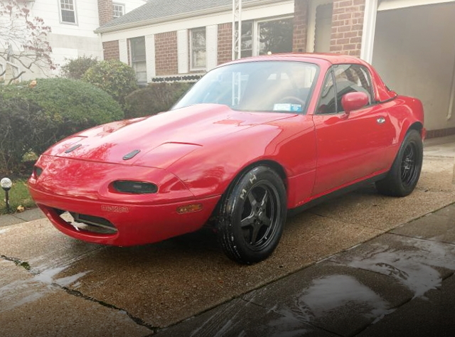 FRONT LEFT SIDE EXTERIOR First Gen MIATA MX5