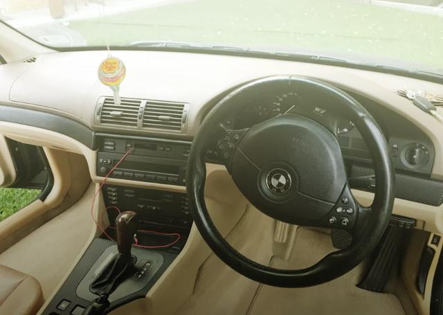 INTERIOR E39 BMW528i TOURING WAGON