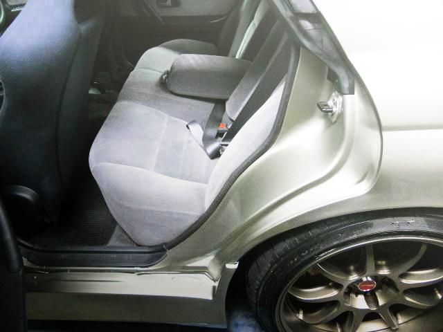 REAR SEAT R32 SKYLINE 4-DOOR