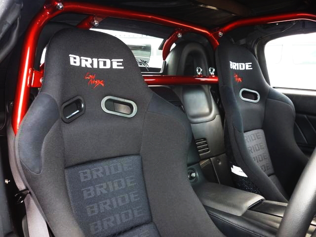 ROLLBAR AND BRIDE SEATS