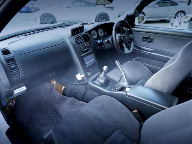 INTERIOR R33 GT-R V-SPEC
