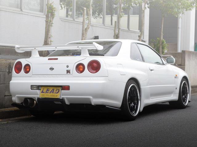 REAR EXTERIOR R34 SKYLINE GT-R