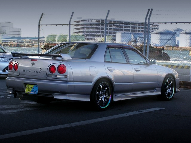 REAR EXTERIOR R34 SKYLINE 4-DOOR