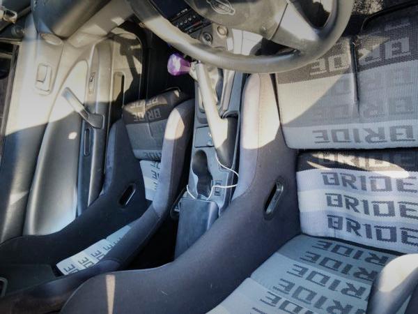 INTERIOR BRIDE REPLICA SEAT