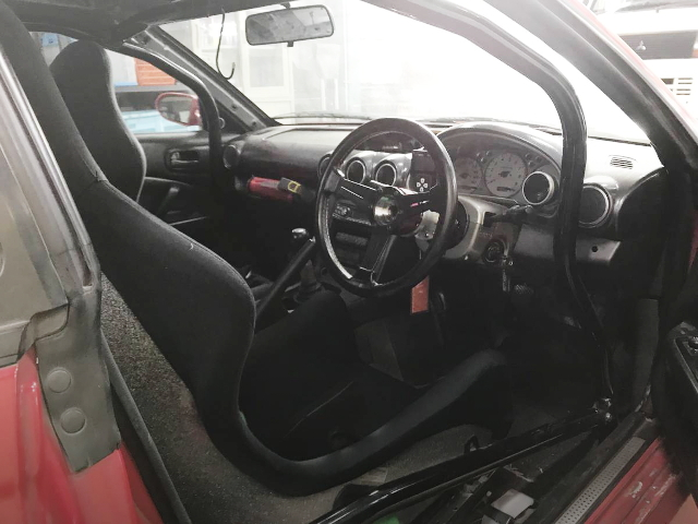 ROLLBAR AND BUCKET SEAT