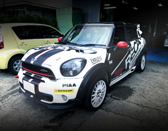 RALLY CAR BMW MINI CROSSOVER JCW