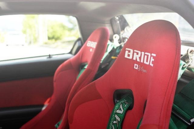 BRIDE BUCKET SEAT RED
