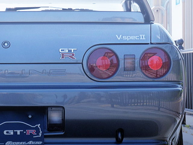 R32 GT-R V-SPEC2 DECAL