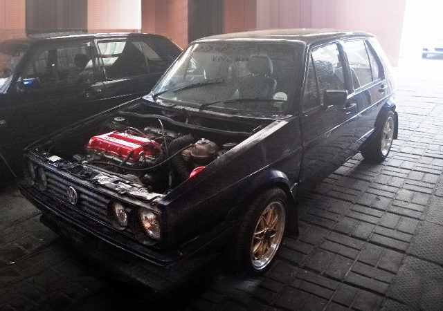FRONT EXTERIOR GOLF MK1 DARK BLUE