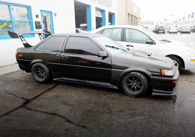 RIGHT SIDE USDM AE86 COROLLA