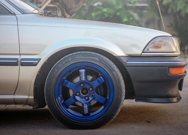 TE37 WHEEL BLUE COLOR