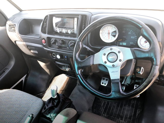 CARRY TRUCK INTERIOR