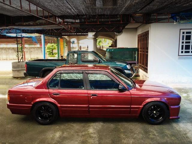 SIDE EXTERIOR E30 BMW 3-SERIES