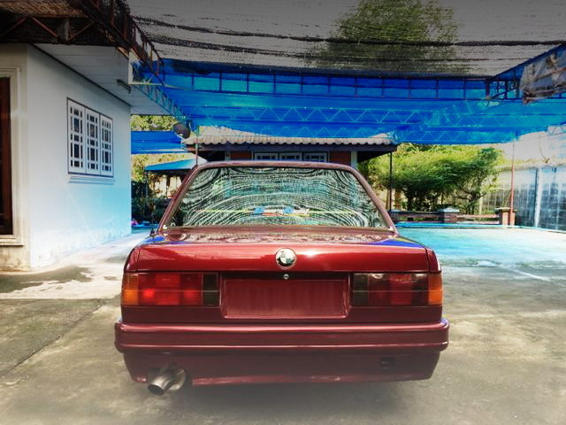 BACK TAIL LIGHT E30 BMW 3-SERIES
