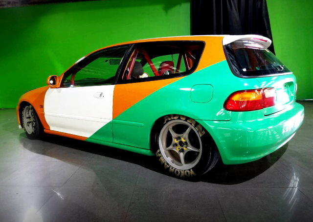 REAR SIDE EXTERIOR EG4 CIVIC