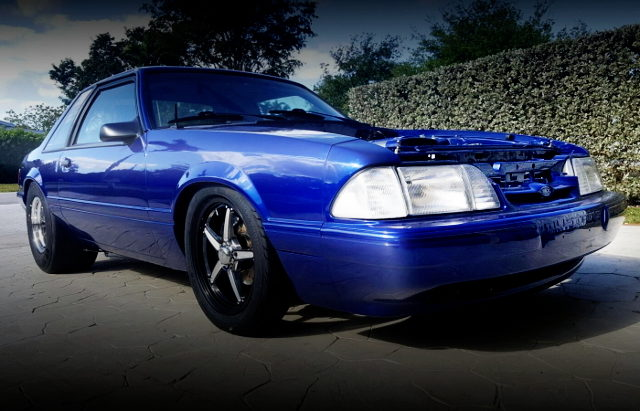 FRONT EXTERIOR FOX MUSTANG BLUE