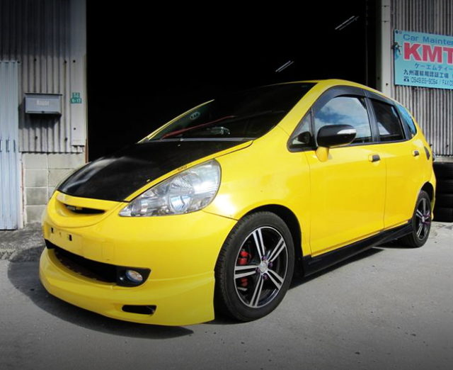 FRONT EXTERIOR GD3 FIT YELLOW METALLIC