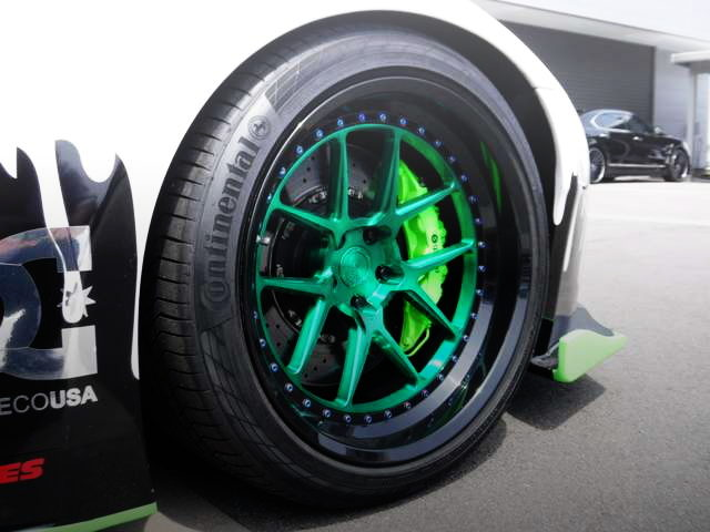 MONSTER ENERGY GREEN PAINT