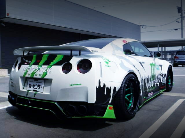 REAR EXTERIOR MONSTER ENERGY R35 GT-R