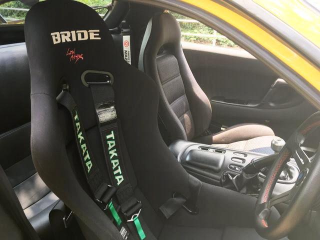 DRIVER BRIDE FULLBUCKET SEAT