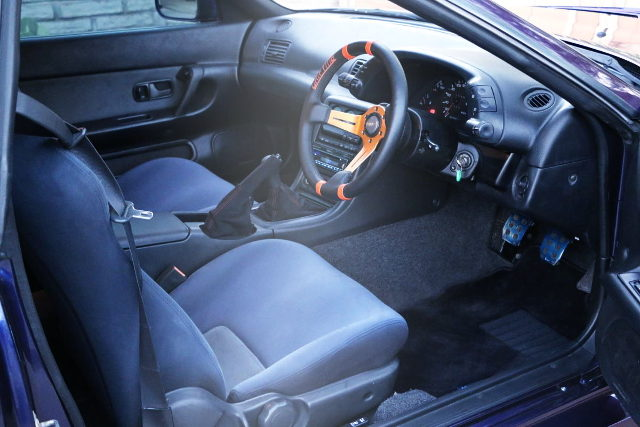 R32 SKYLINE GTR INTERIOR