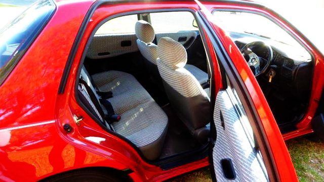 N14 PULSAR INTERIOR SEATS